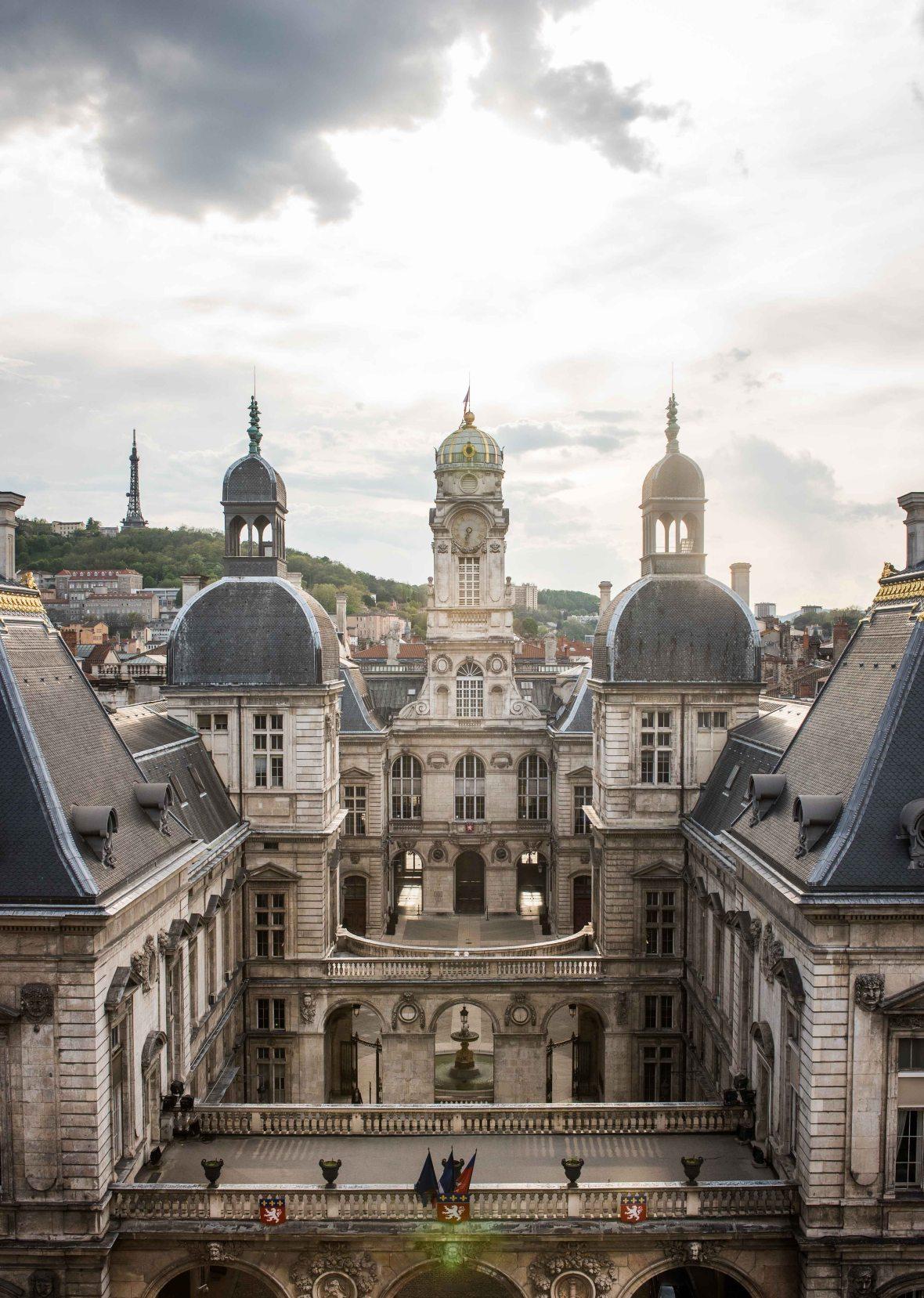 Exploring Lyon-12
