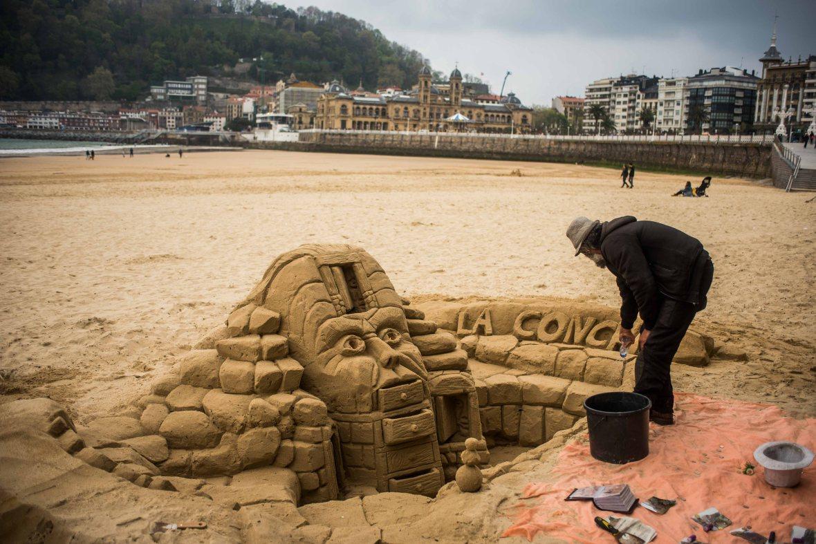 Sandcastles in San Sebastian-12